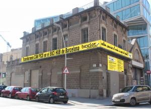 façana pancarta copia
