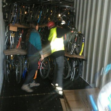 Les bicicletes de l'Espai Rebiciclem travessen fronteres